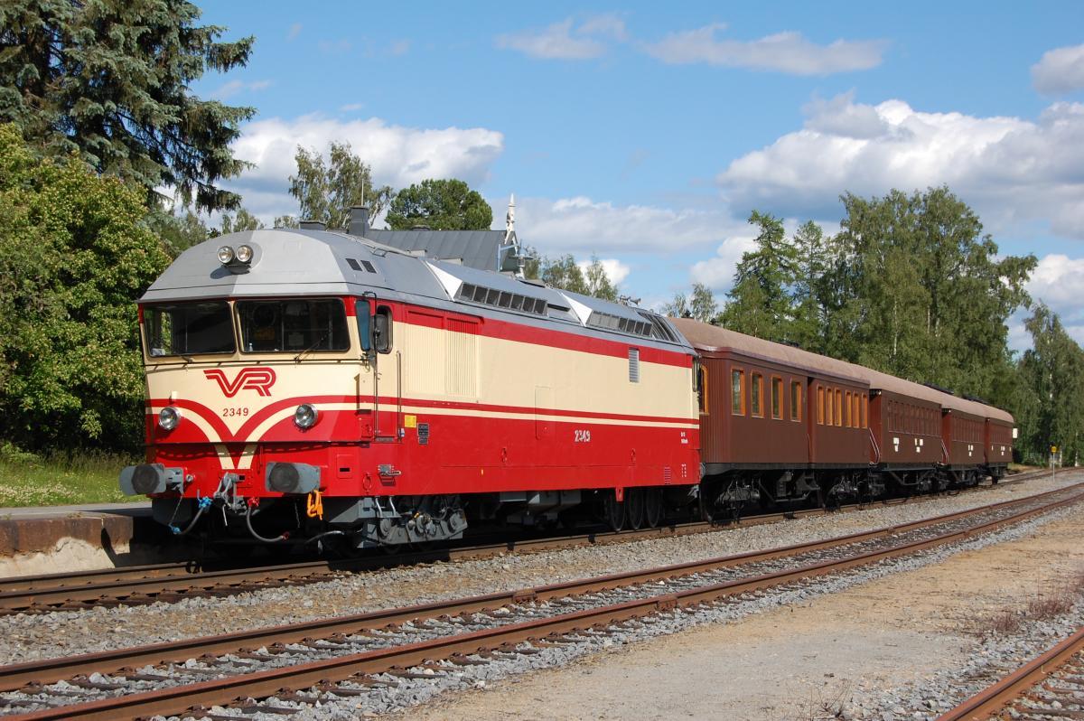 Matkusta perinnejuna Valtterilla Pienoisjunatreffeillä 18.5.!